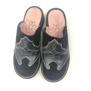 Ariat Cowboy Mule clogs pink black size 9.5